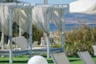 birikos studios naxos sunbeds by pool